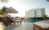 Recenze Frixos Suites Hotels