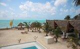 Bungalovy Nur Beach Resort