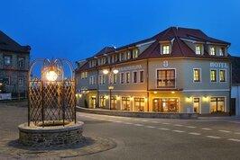 Hotel Záviš z Falkenštejna - Česká republika, Hluboká nad Vltavou