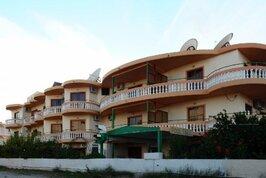 Villa George Apartments - Řecko, Faliraki