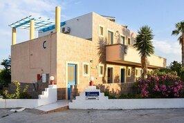Chrysoula Apartments