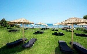 Larisa Boutique & Resort Hotel