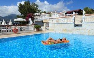 Hotel Sunny Hill Alya