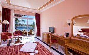 Hotel Desert Rose Resort