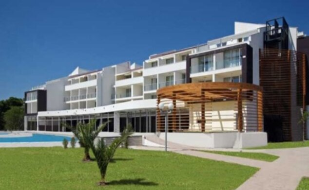 Otrant Beach Hotel