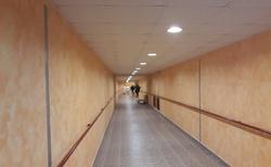 Hotelový tunel - vstup do lázní