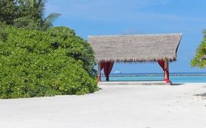 pláž a altánek