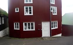37 Tórshavn- TINGANES (VLÁDNÍ BUDOVY NA STARÉM MĚSTĚ) obr.2