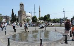 Antalya - historické centrum - hodinová věž