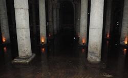 Baziliková cisterna Yerebatan Sarayi