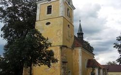 03 ŘEVNIČOV  Kostel svatého Petra a Pavla