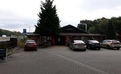 Zastávka na kafe v zavřeném bistru La Baracca