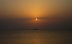 svítání slunce nad Rudým mořem